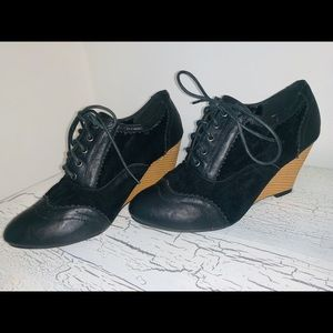 French Oxford Wedges 9
